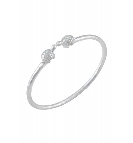 Silver Plated Hammered Turtle Embellishment Hand Cuff