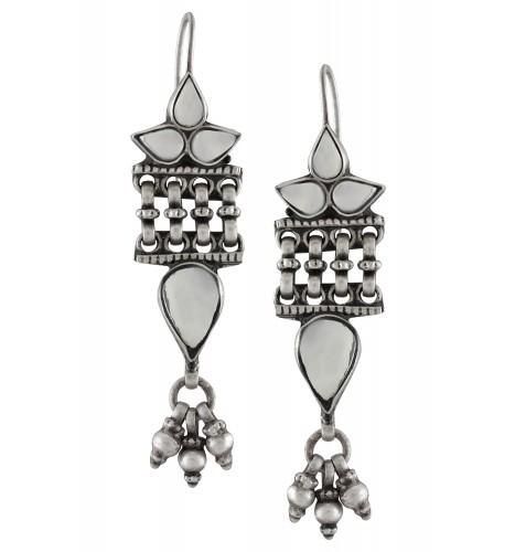 Silver Oxidised Glass Leafy Interlined Earrings