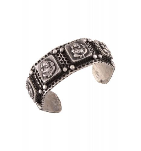 Silver Oxidised Square Ganesha Motif Handcuff