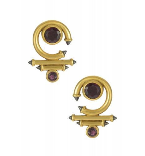 Silver Gold Plated Garnet Round Curved Taveez Ear Stud
